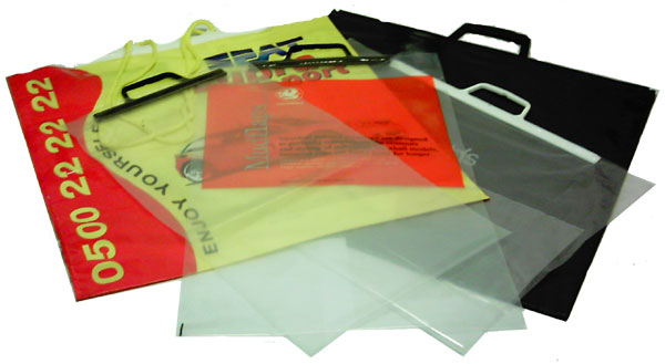 photo of a pile of various styles of available carrier bag